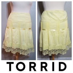 TORRID Yellow High Waisted Pleated Lace Skirt